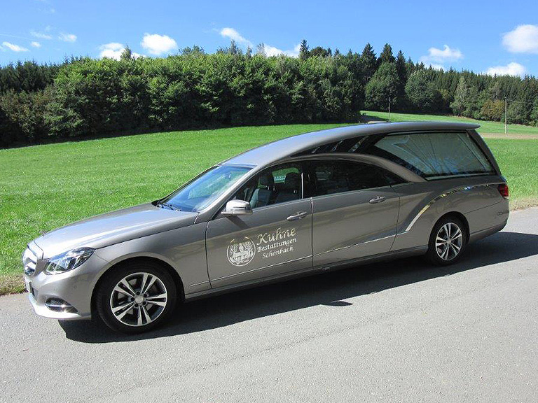 Bestattungsinstitut Kuhne Auto
